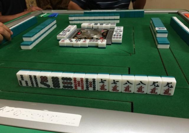大阪で麻雀をはじめたい初心者の方へ~おすすめはアットホームな雰囲気の健康麻雀教室~